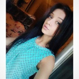 Dziewczyna Arabella Mrocza
